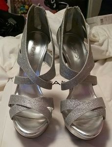 Woman's High Heel Shoe's